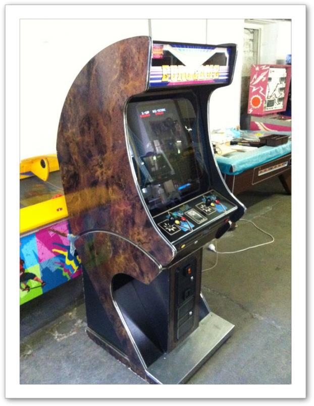 borne arcade wdk eurogames multijeux. Black Bedroom Furniture Sets. Home Design Ideas